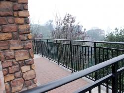 香山美树阳台栏杆
