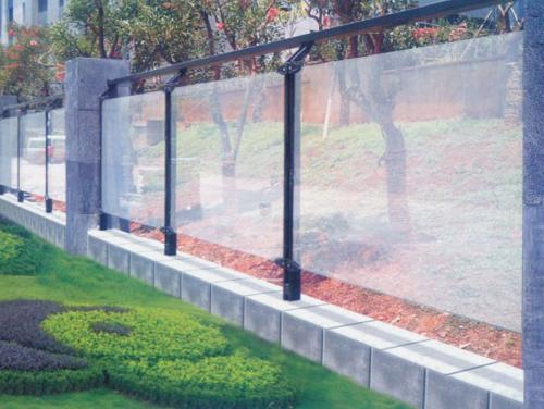 阳台玻璃栏杆