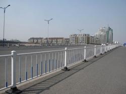 批发市政护栏公路隔离栏防护栏